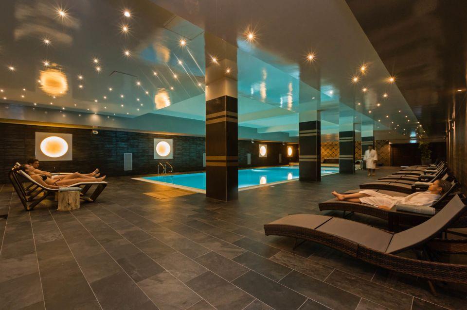 Hotel piscina coperta